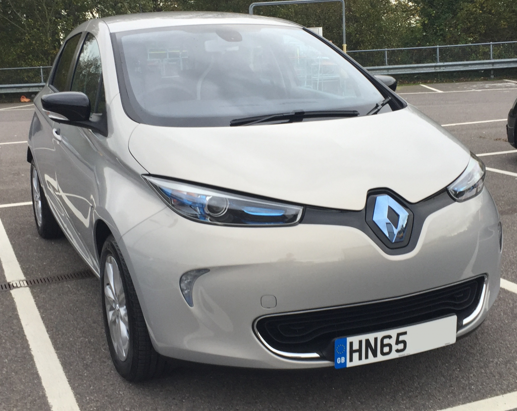 Renault Zoe ‐ 2,000 Miles and counting | iWader | Wade Urry